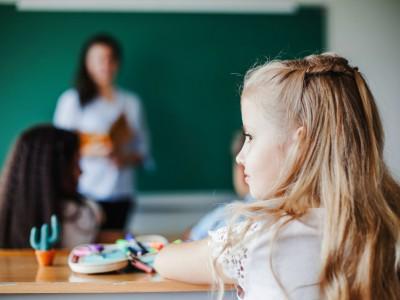 Efectos de la audición residual en los resultados de los implantes cocleares en los niños: Una revisión sistemática